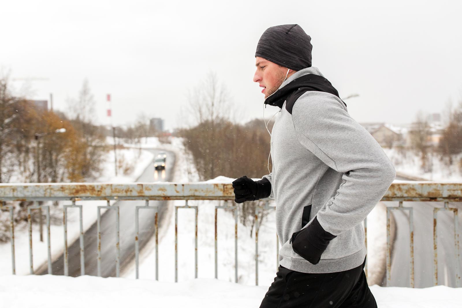 bieganie zimą jak oddychać podczas biegania
